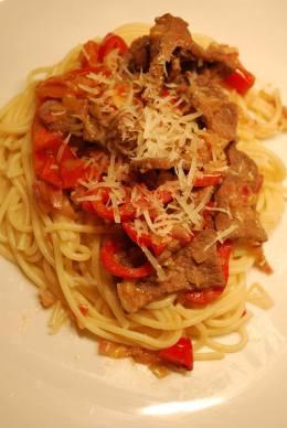 pasta och lövbiff